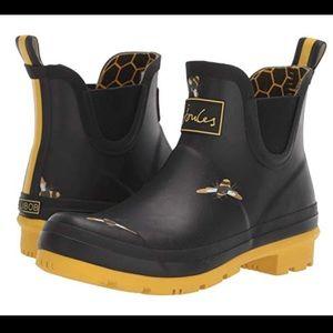 Joules Black Bee Wellibob Short Rainboots